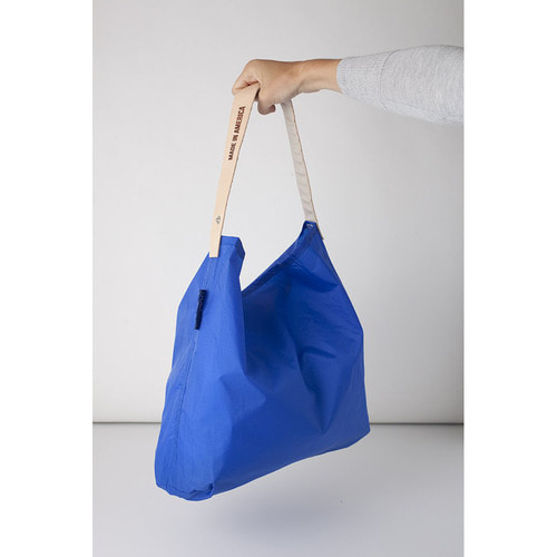 "[JULYNINE] Sushi Sack 18"" (Red)"
